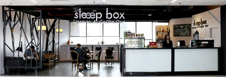 LOUNGE AND COFFEE BAR Sleep Box by Miracle Bangkok